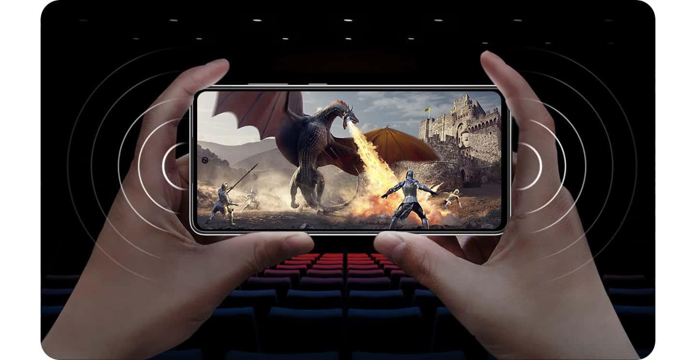 Samsung Galaxy A72 s prostorskim zvokom na vaši dlani