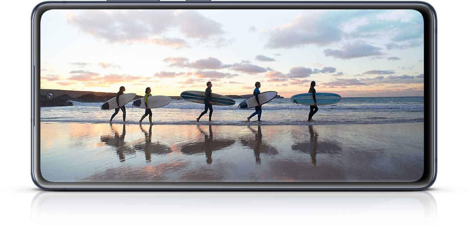 S20 FE (2021) Brezkončni-O zaslon s Full HD+